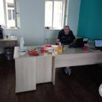 Spokojený Poinťák má nový stůl